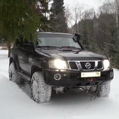 SUV77