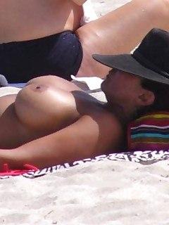 077_secrets_of_beach.jpg