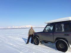 На рыбалку по льду озера